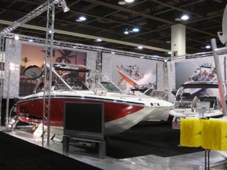 Trade Show Booth 20 x 20 by versatruss