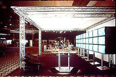 illumination lighting exhibit truss