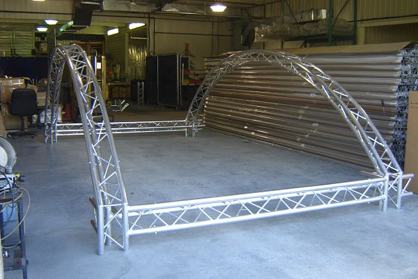 Curved Custom Trade Show Booths Exhibit Truss Aluminum System