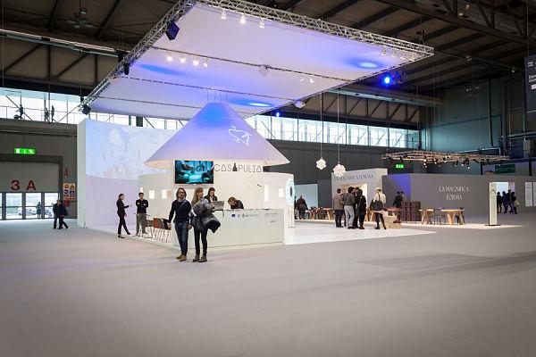 Custom Trade Show Booths Overhead Display Lighting Truss