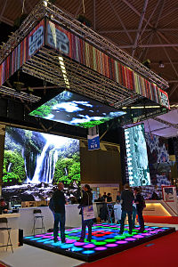 customized exhibit display truss systems